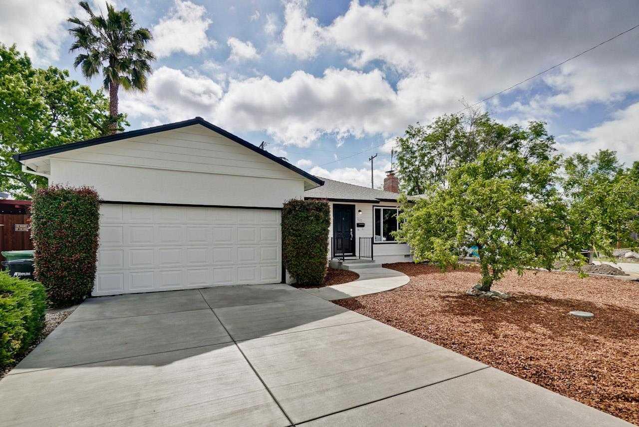 $1,298,000 - 3Br/1Ba -  for Sale in Santa Clara