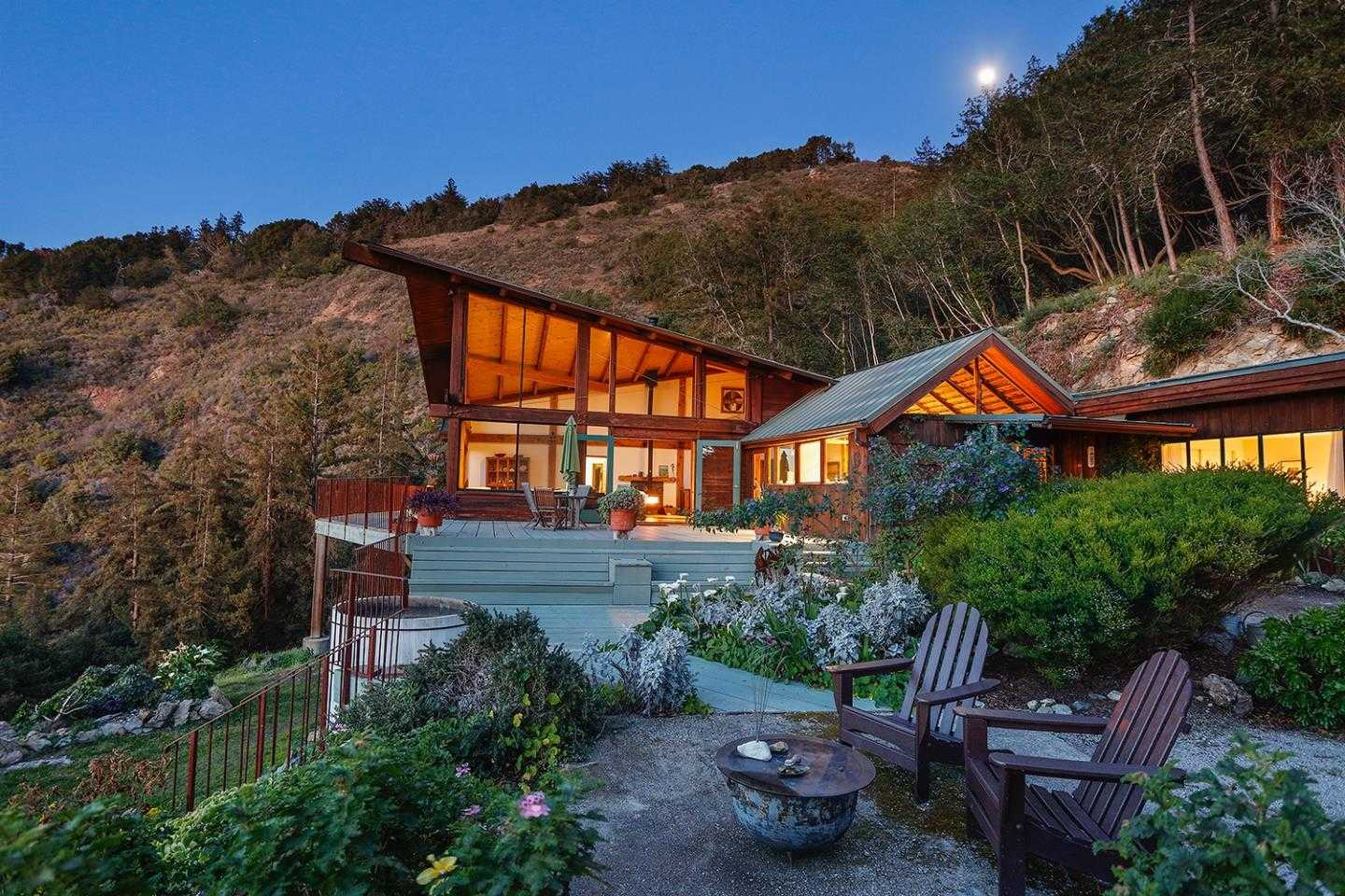 $2,250,000 - 3Br/3Ba -  for Sale in Big Sur