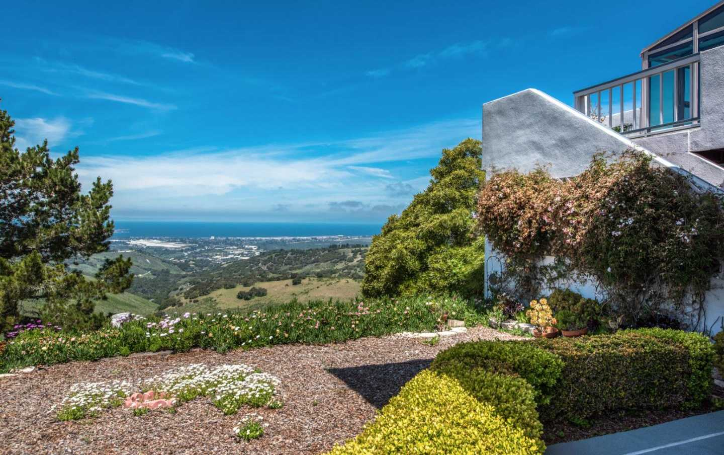 $1,298,000 - 6Br/6Ba -  for Sale in Monterey
