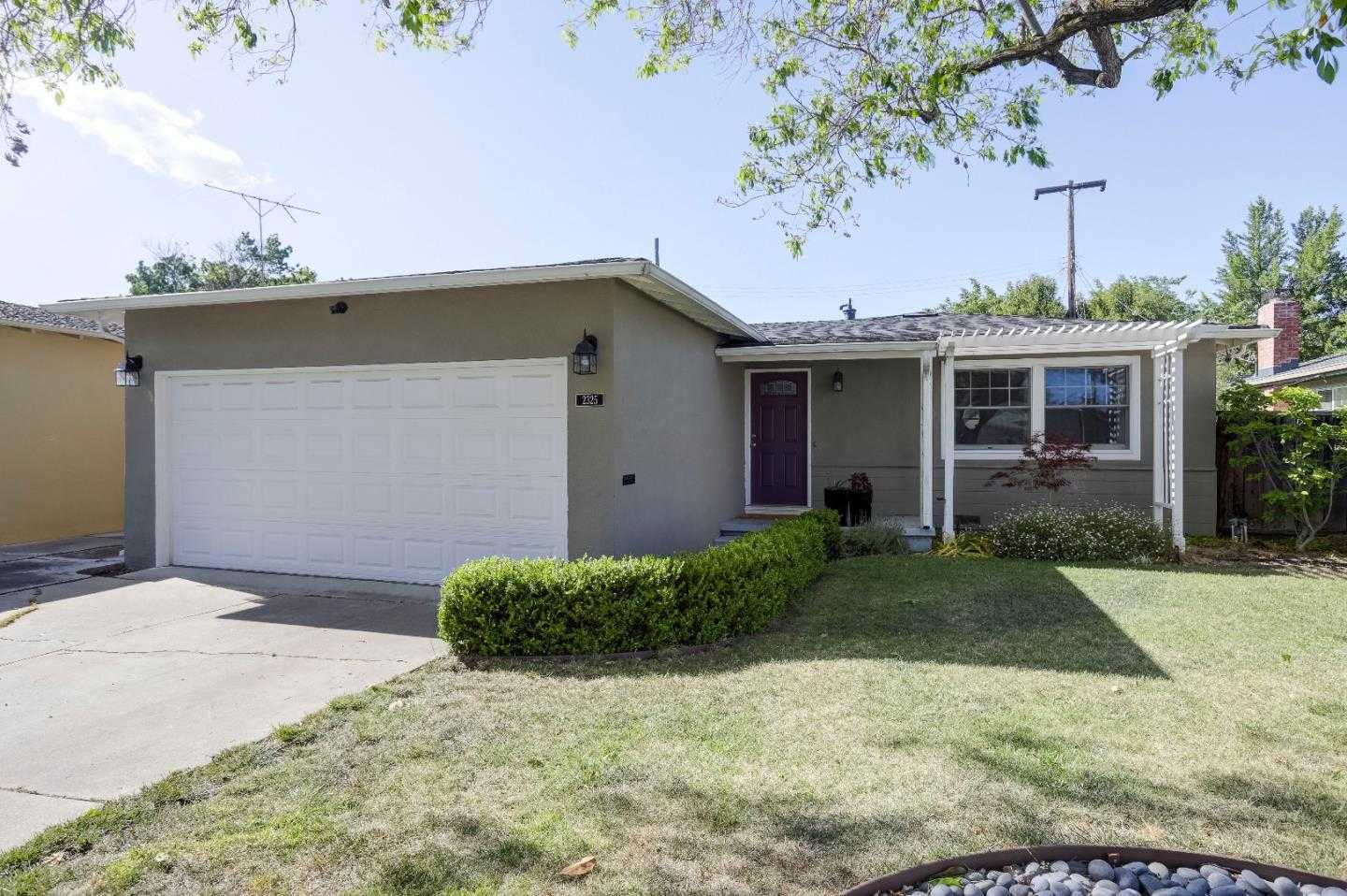 $1,399,988 - 3Br/2Ba -  for Sale in Santa Clara