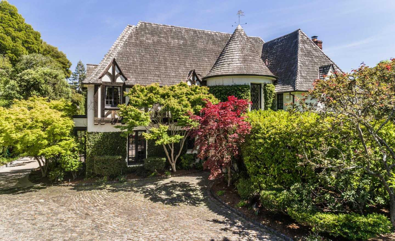 $10,900,000 - 6Br/7Ba -  for Sale in Hillsborough