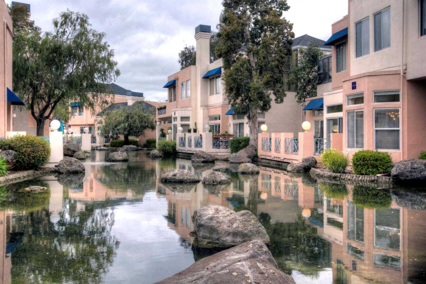 $1,495,000 - 3Br/3Ba -  for Sale in Redwood City