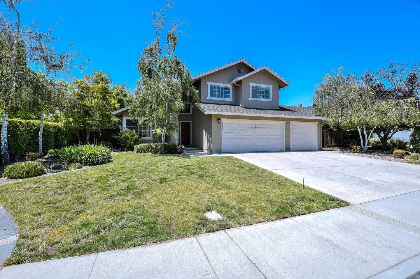 $1,699,000 - 4Br/3Ba -  for Sale in Campbell
