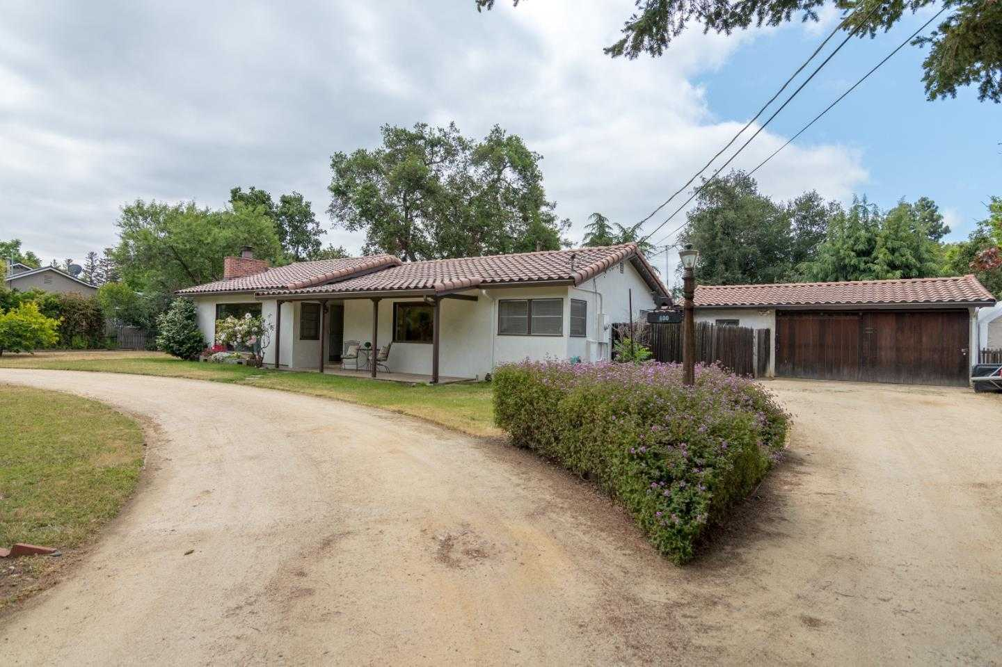$1,698,000 - 4Br/2Ba -  for Sale in Campbell