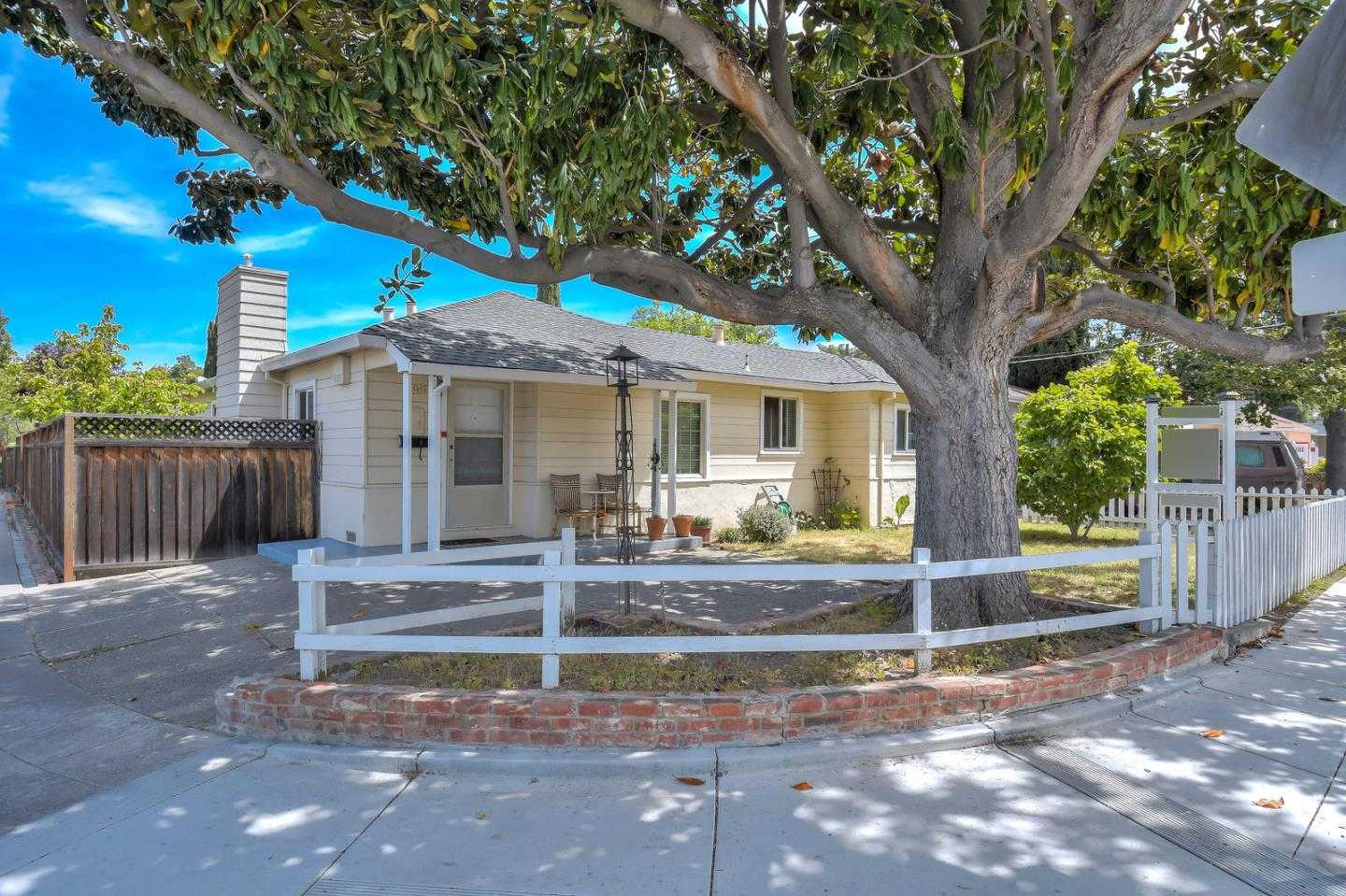 $2,350,000 - 4Br/4Ba -  for Sale in Sunnyvale