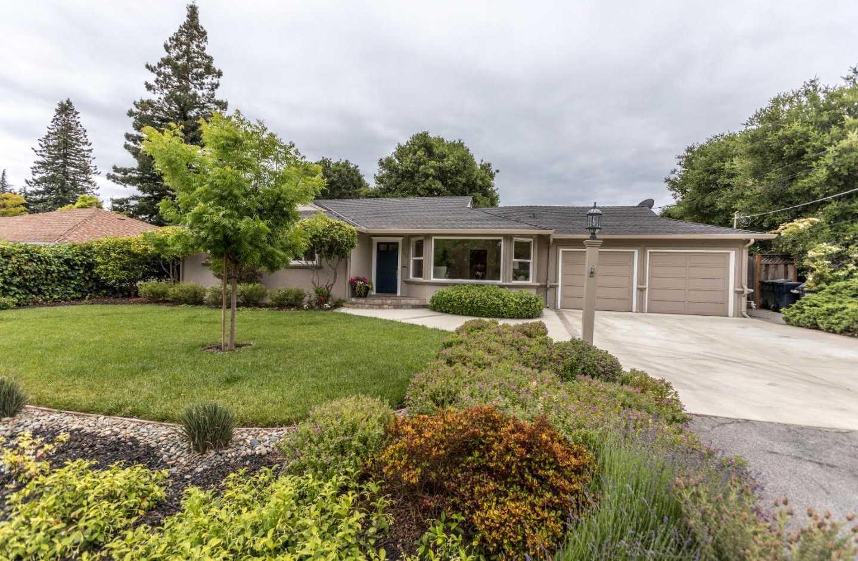 $2,895,000 - 3Br/2Ba -  for Sale in Los Altos