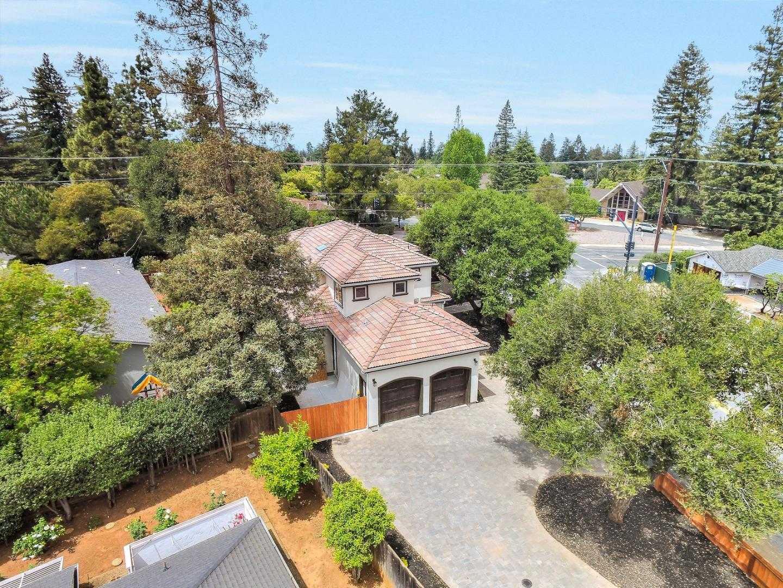 $3,799,800 - 5Br/5Ba -  for Sale in Los Altos