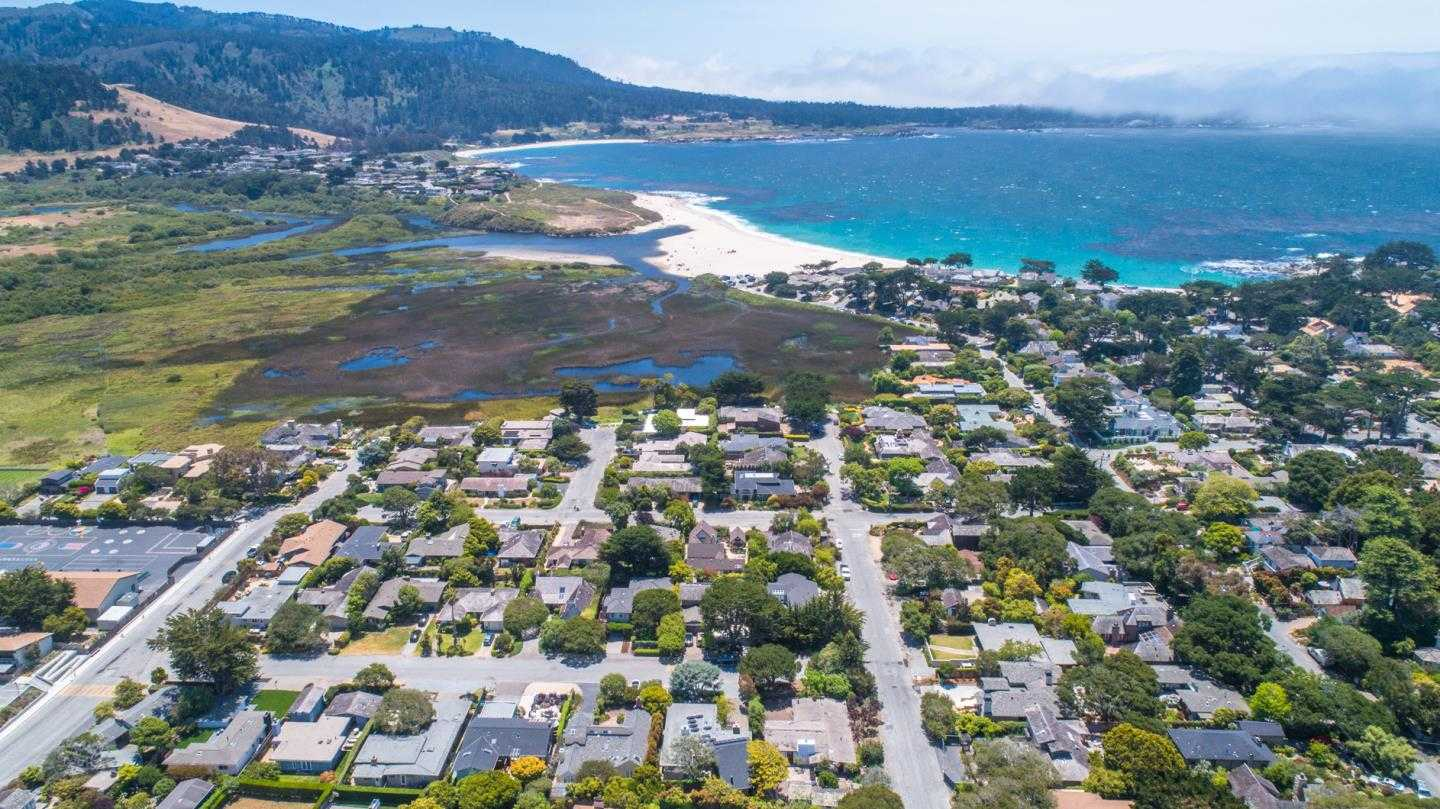 $2,299,000 - 3Br/4Ba -  for Sale in