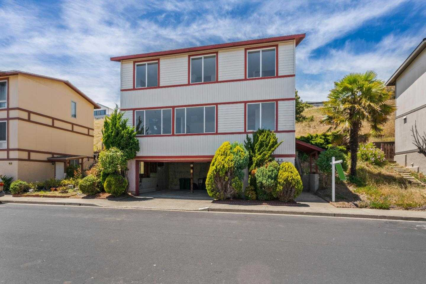 98 Plymouth CIR DALY CITY, CA 94015