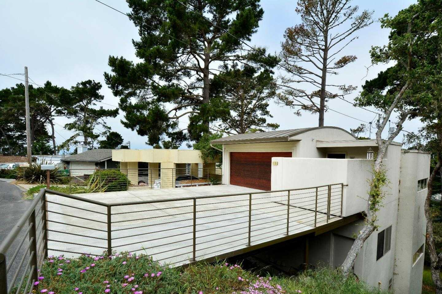 $1,088,000 - 3Br/3Ba -  for Sale in Pacific Grove