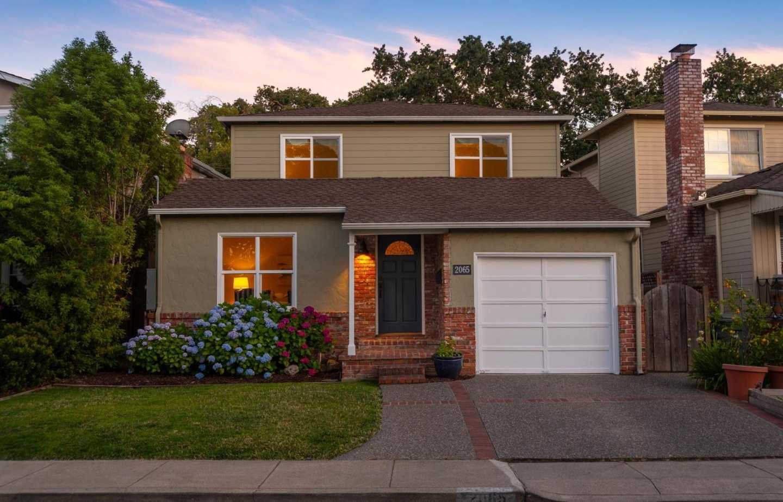 2065 Greenwood Ave San Carlos, CA 94070