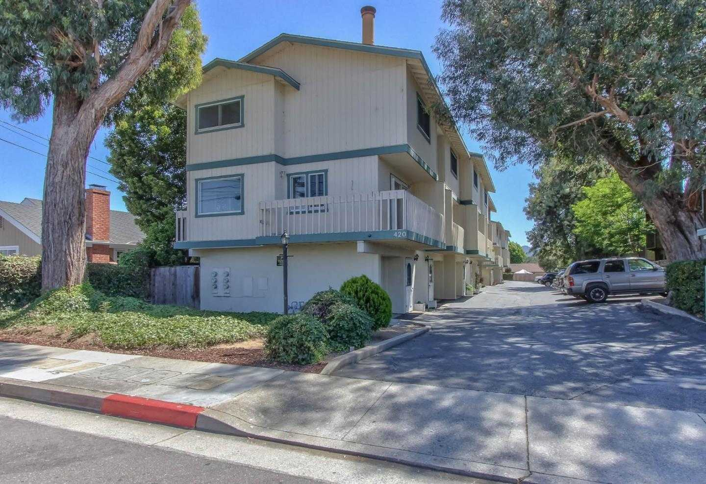 $399,000 - 2Br/2Ba -  for Sale in Monterey