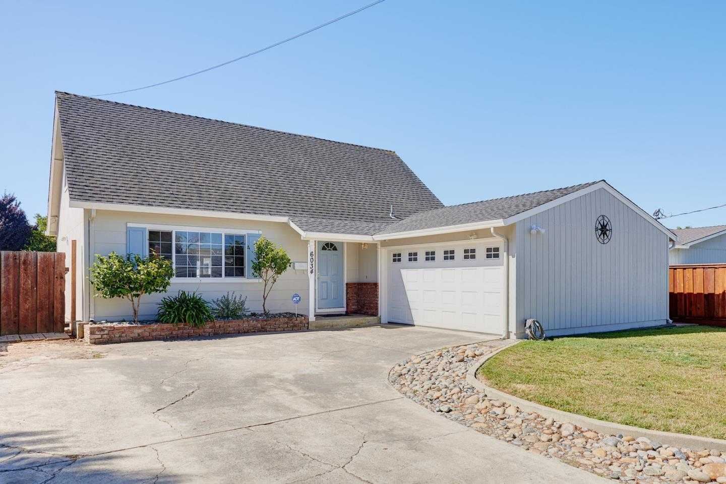 6034 Radcliffe Ave Newark, CA 94560