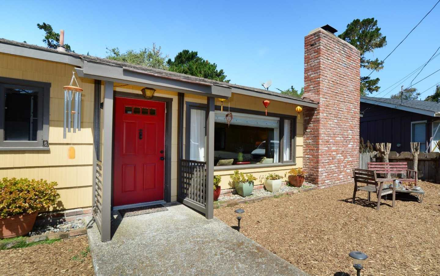 $965,000 - 3Br/2Ba -  for Sale in Pacific Grove