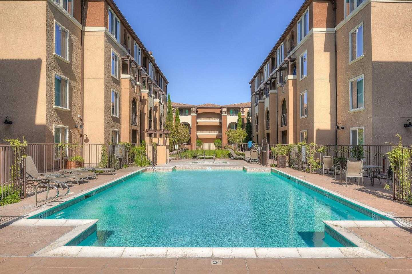 $870,000 - 2Br/2Ba -  for Sale in San Jose