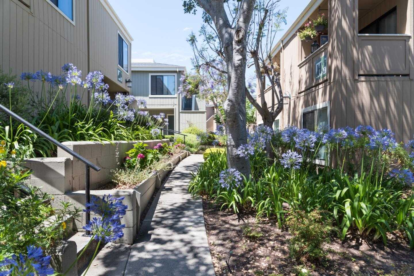 $415,000 - 2Br/1Ba -  for Sale in Monterey