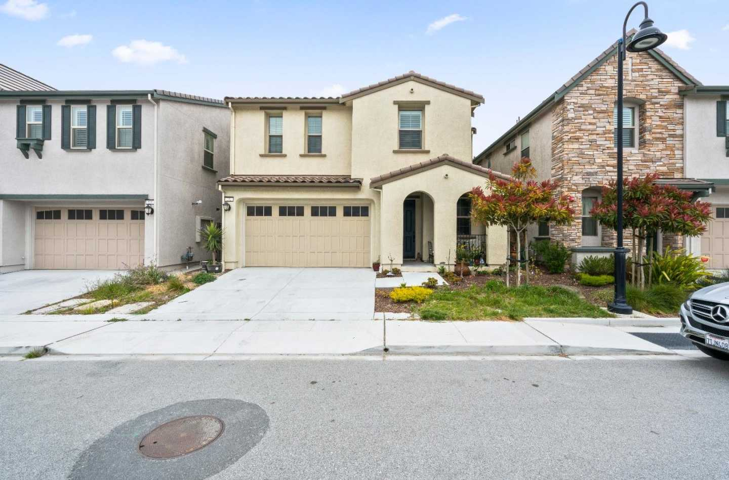 232 Crestview CIR DALY CITY, CA 94015