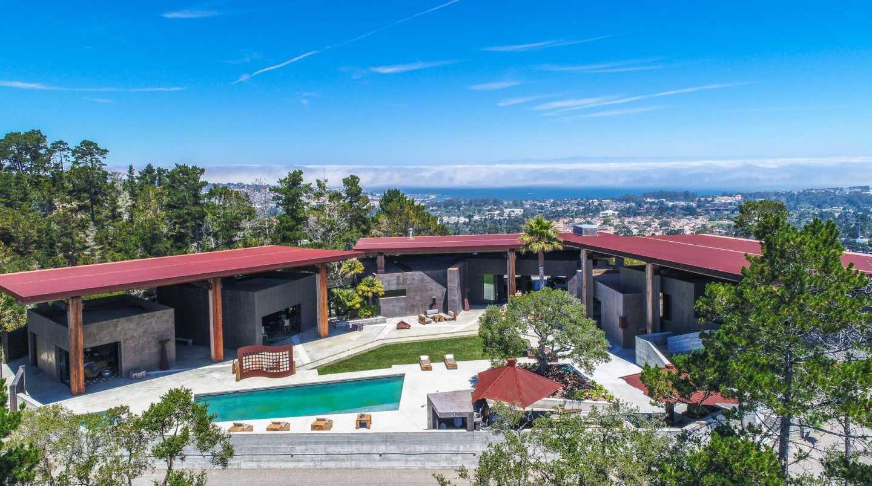 $9,795,000 - 4Br/7Ba -  for Sale in Carmel