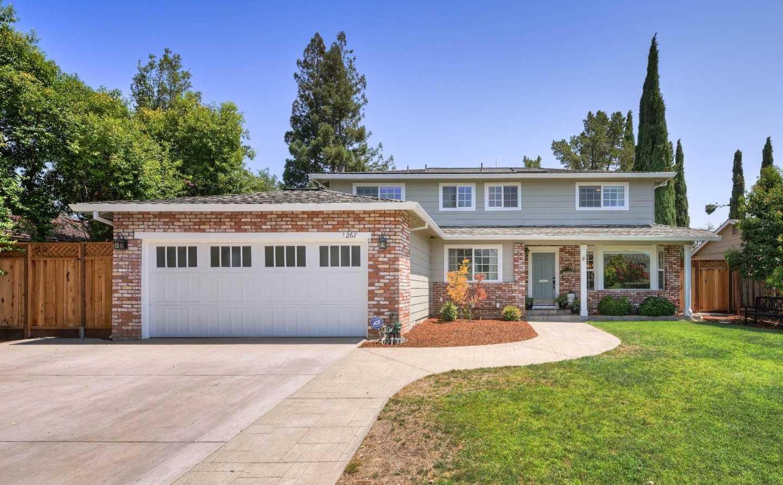 1267 Oakglen Way San Jose, CA 95120