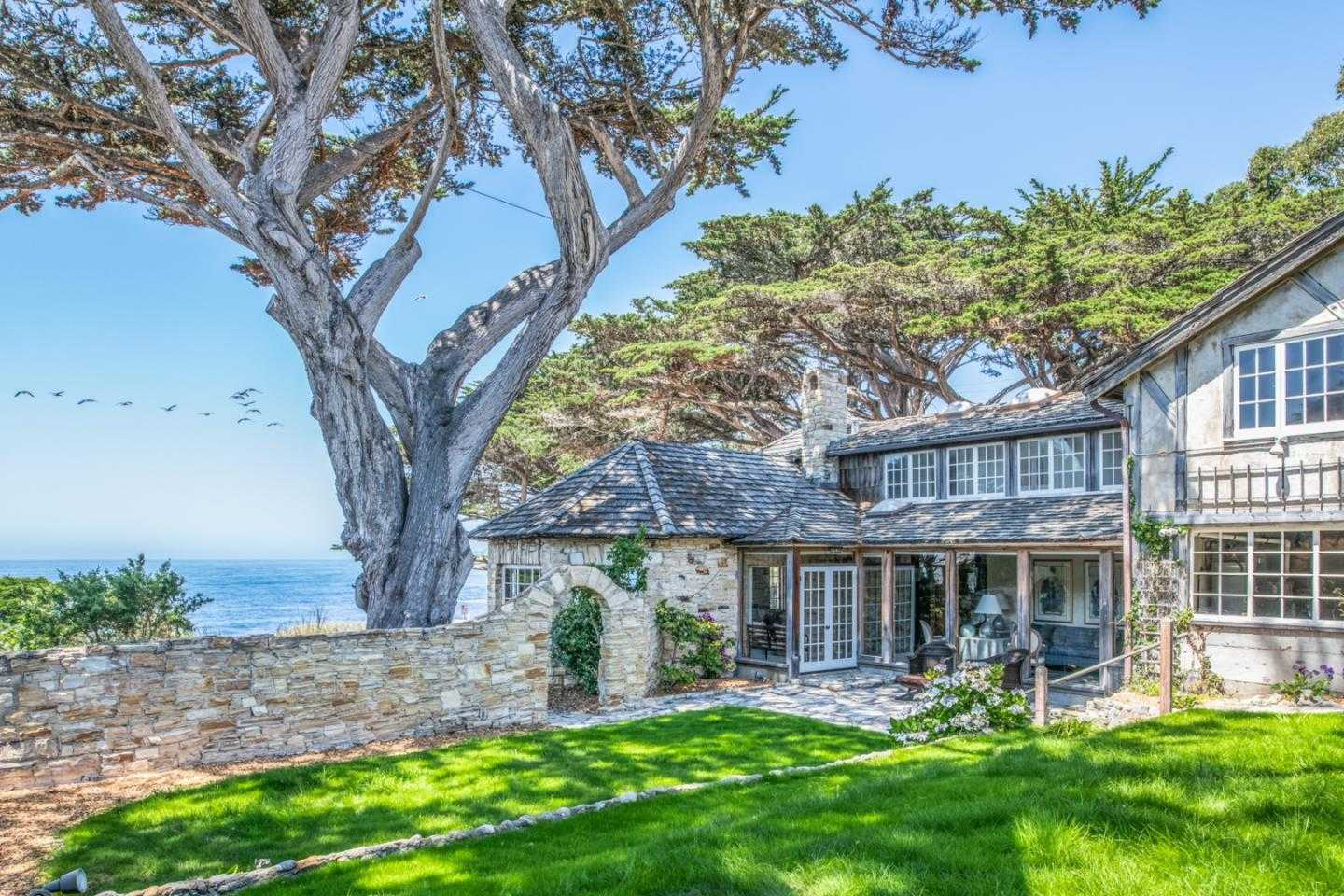 $6,750,000 - 3Br/3Ba -  for Sale in Carmel