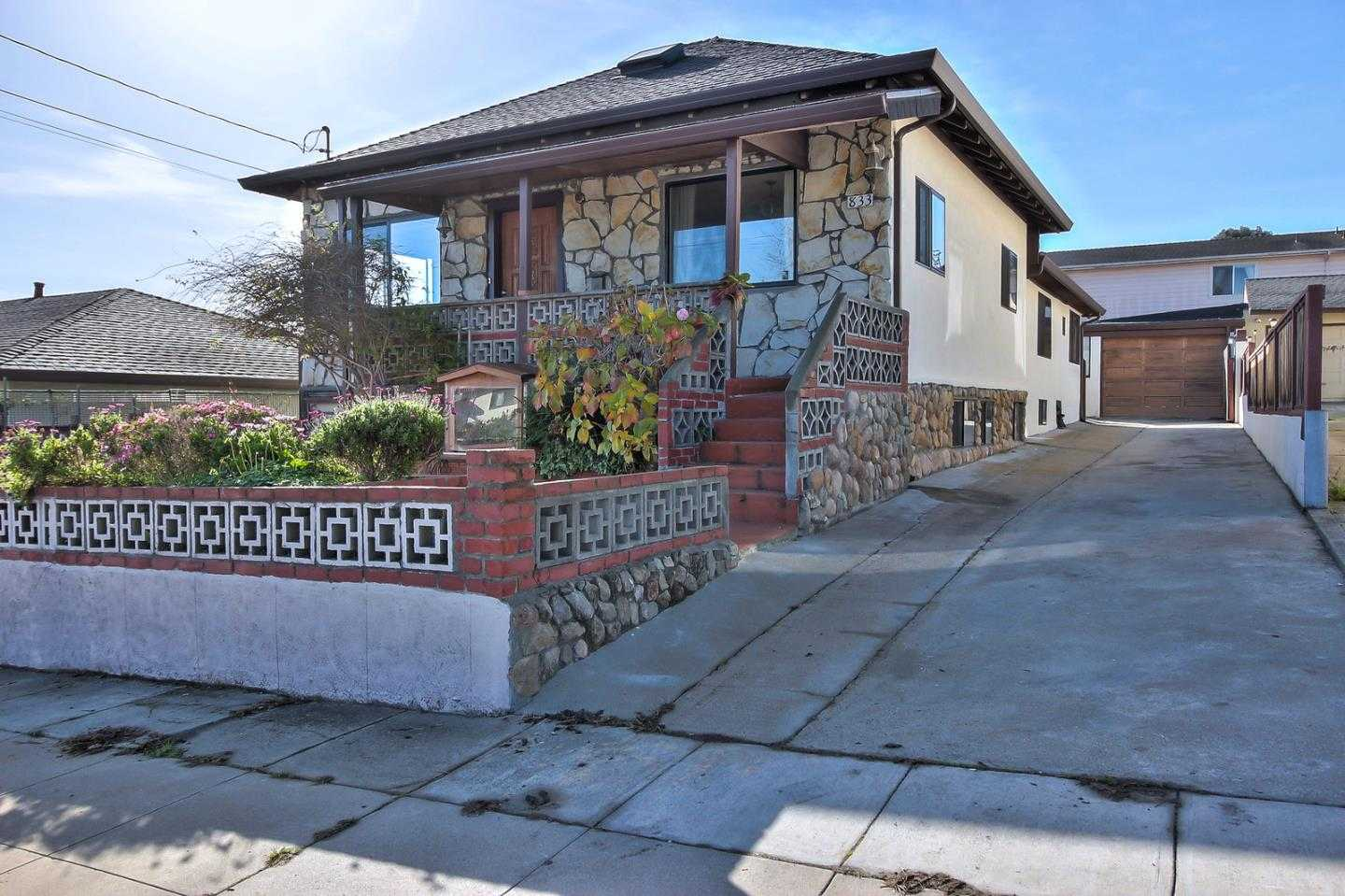 $695,000 - 3Br/2Ba -  for Sale in Monterey