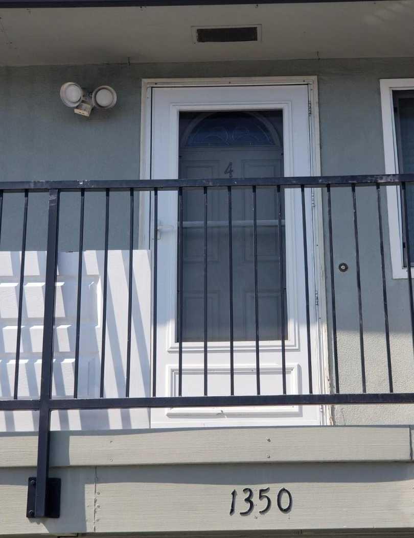 1350 Branham Ln Unit 4 San Jose, CA 95118