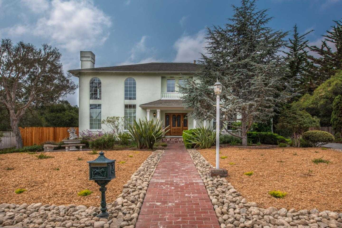 $2,500,000 - 5Br/4Ba -  for Sale in Monterey