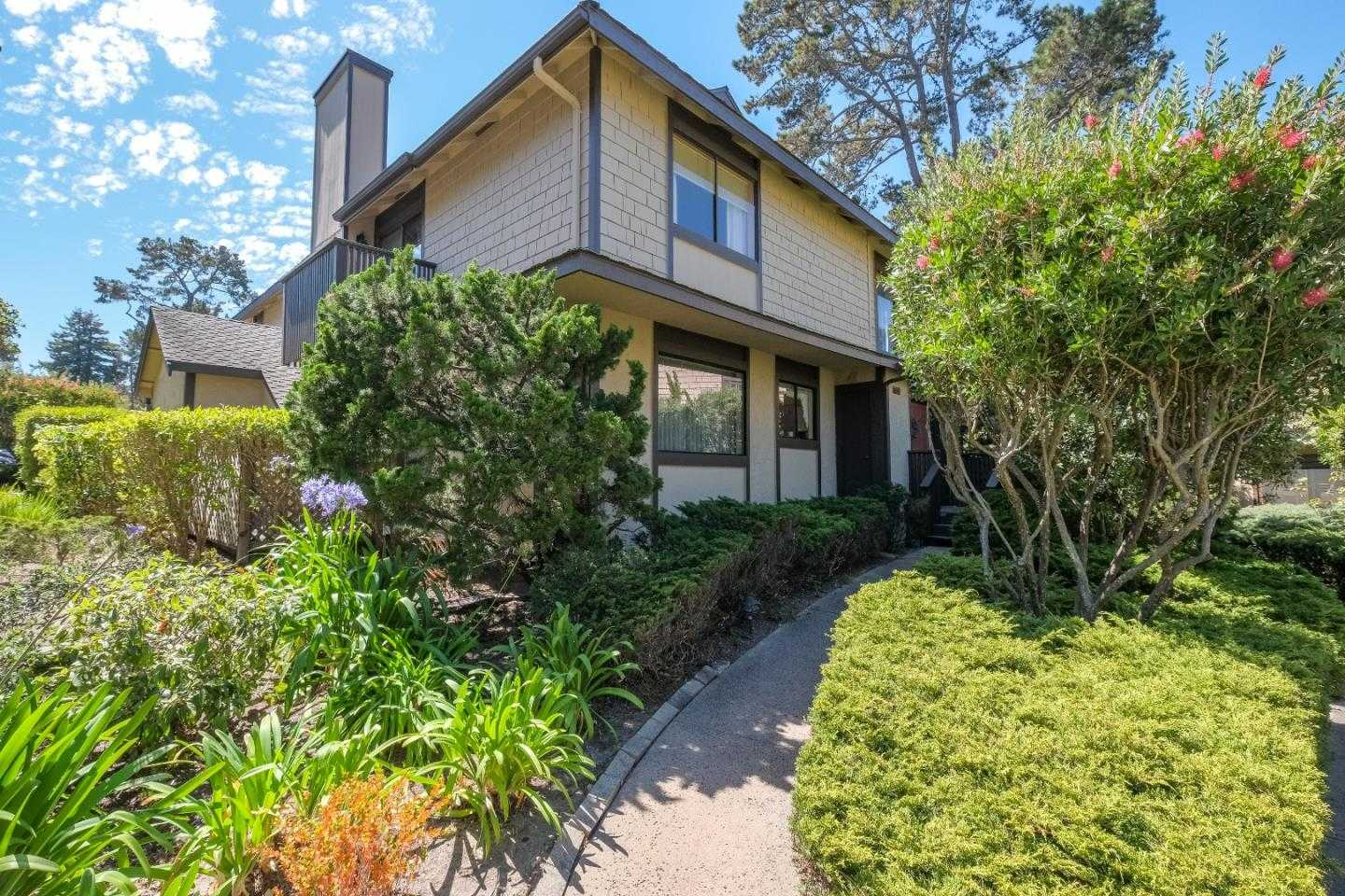 $630,000 - 3Br/3Ba -  for Sale in Monterey