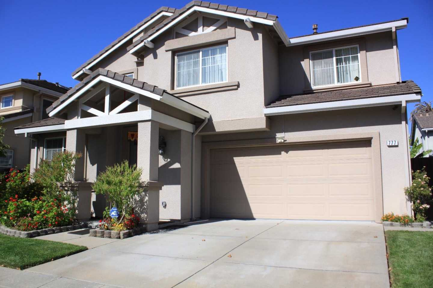 $1,399,990 - 4Br/3Ba -  for Sale in East Palo Alto