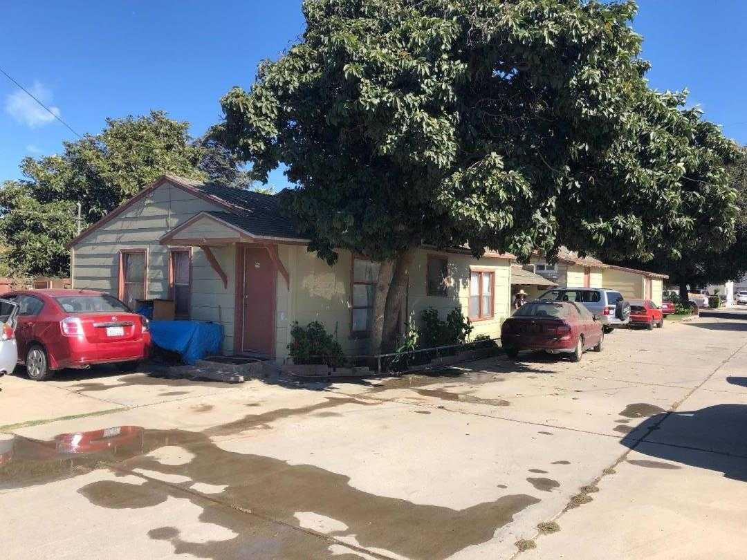 $525,000 - Br/Ba -  for Sale in Gonzales