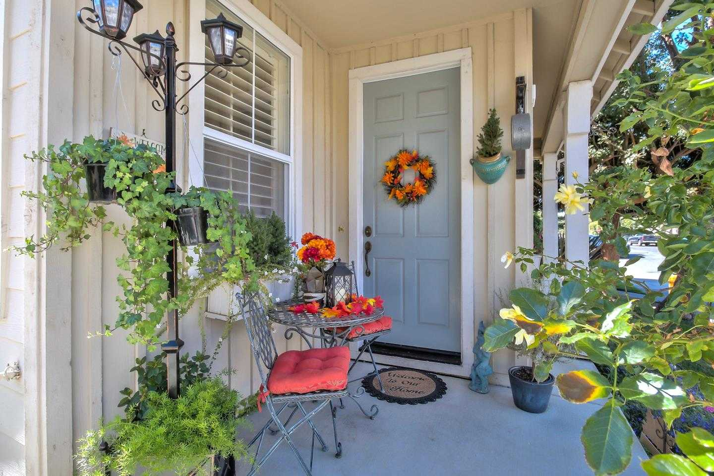 $1,496,888 - 4Br/3Ba -  for Sale in East Palo Alto
