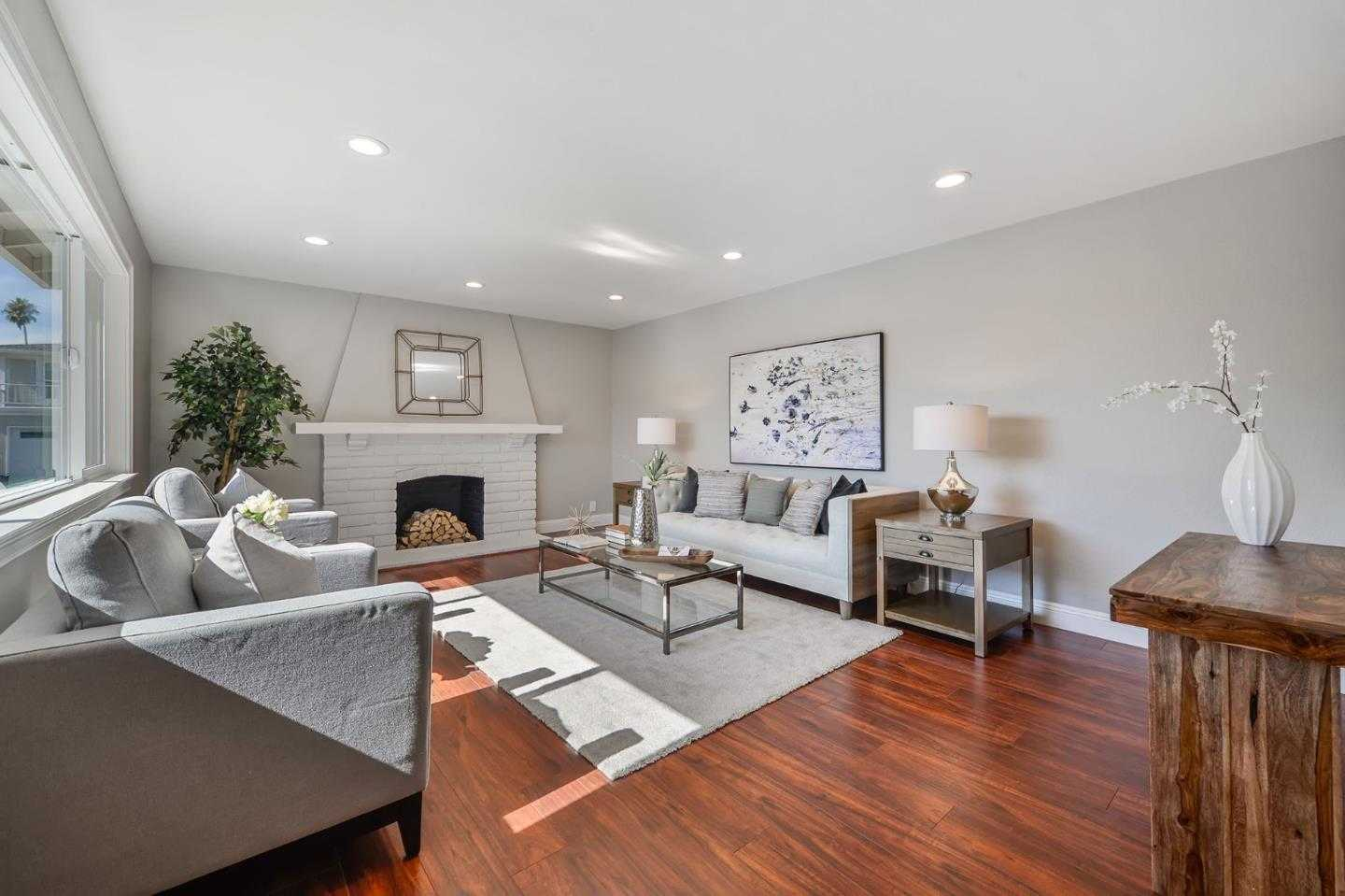 $1,574,888 - 5Br/2Ba -  for Sale in Foster City