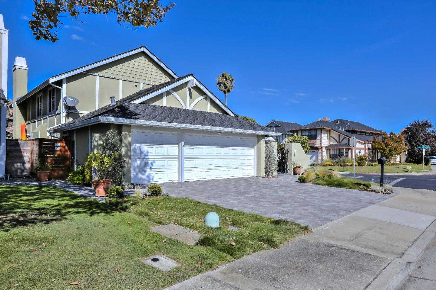 $2,298,000 - 5Br/3Ba -  for Sale in Foster City