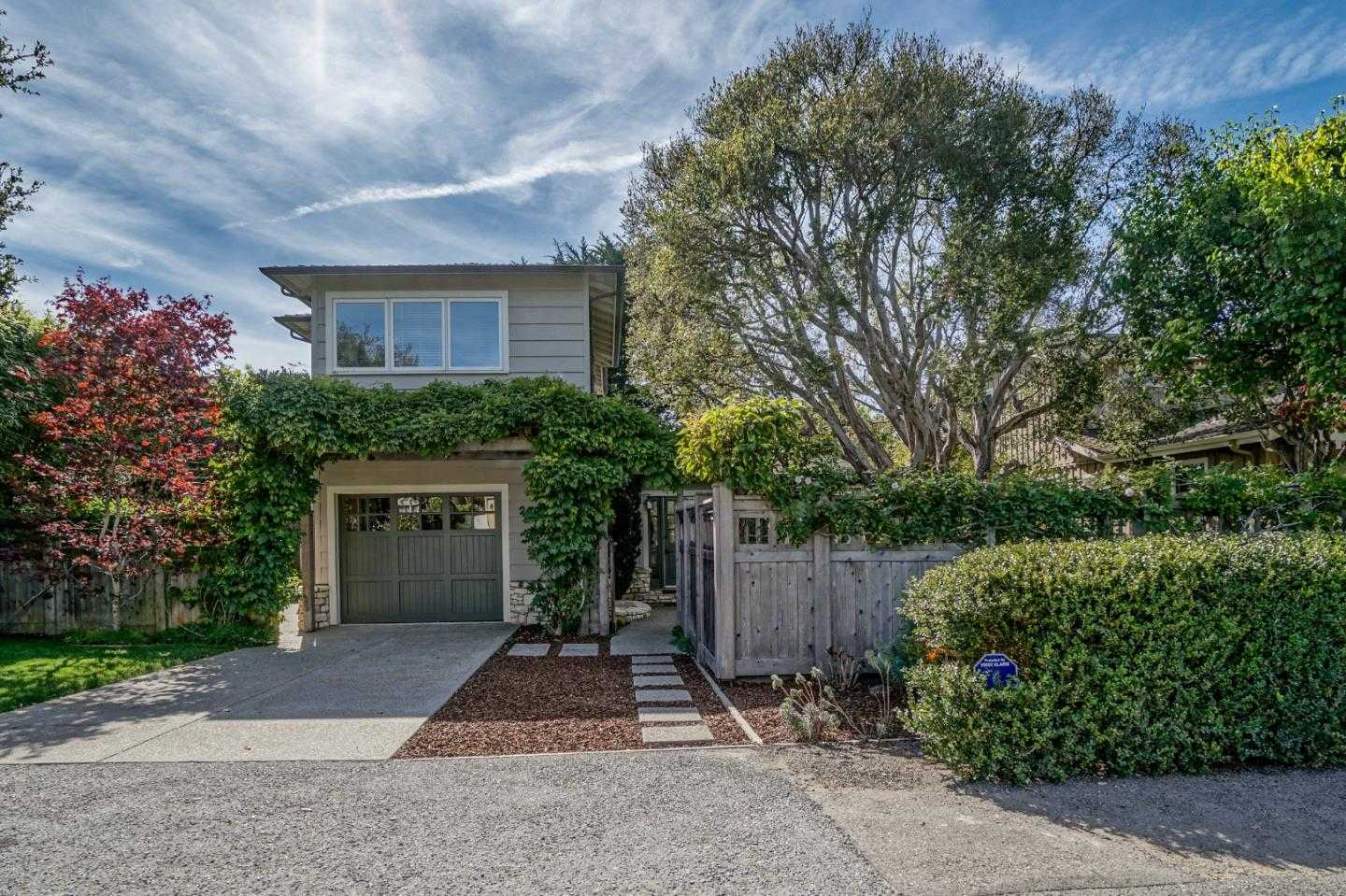 $2,575,000 - 4Br/4Ba -  for Sale in Carmel