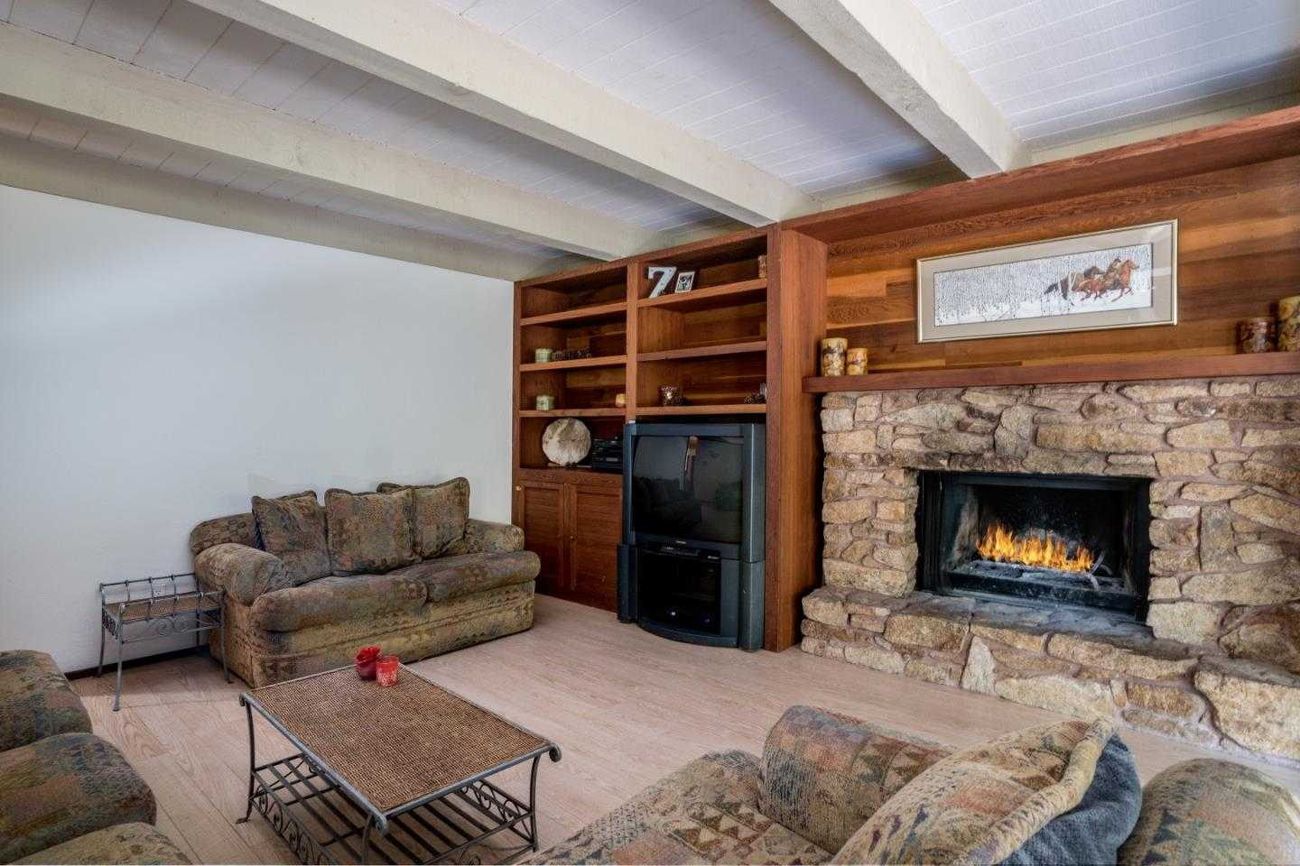 $780,000 - 3Br/3Ba -  for Sale in Carmel Valley