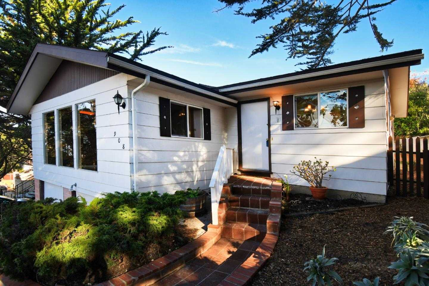 $799,000 - 4Br/2Ba -  for Sale in Pacific Grove