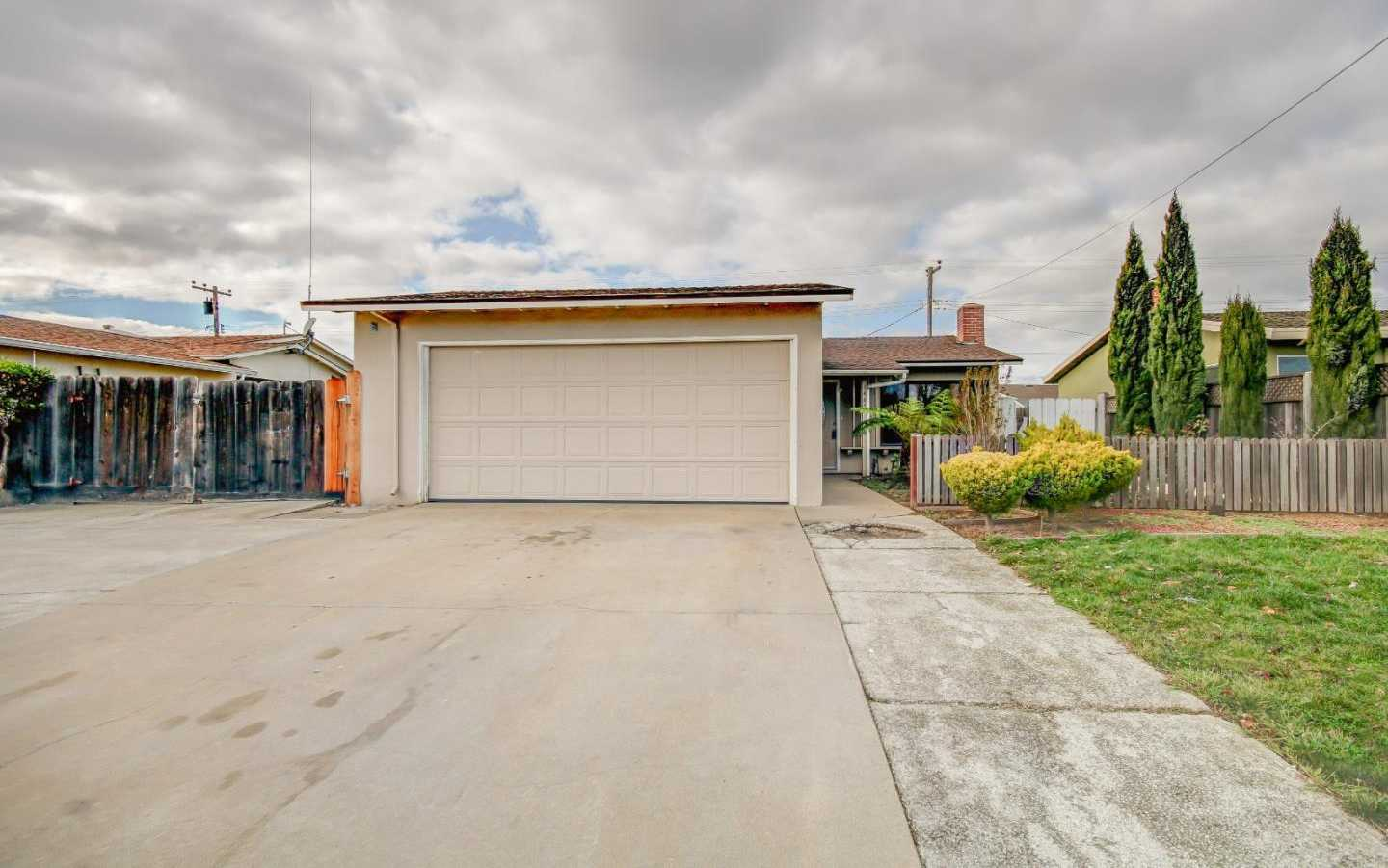 $399,995 - 3Br/2Ba -  for Sale in Salinas