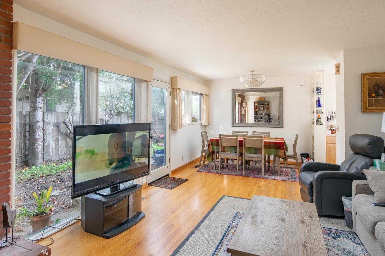 $899,000 - 3Br/2Ba -  for Sale in Carmel