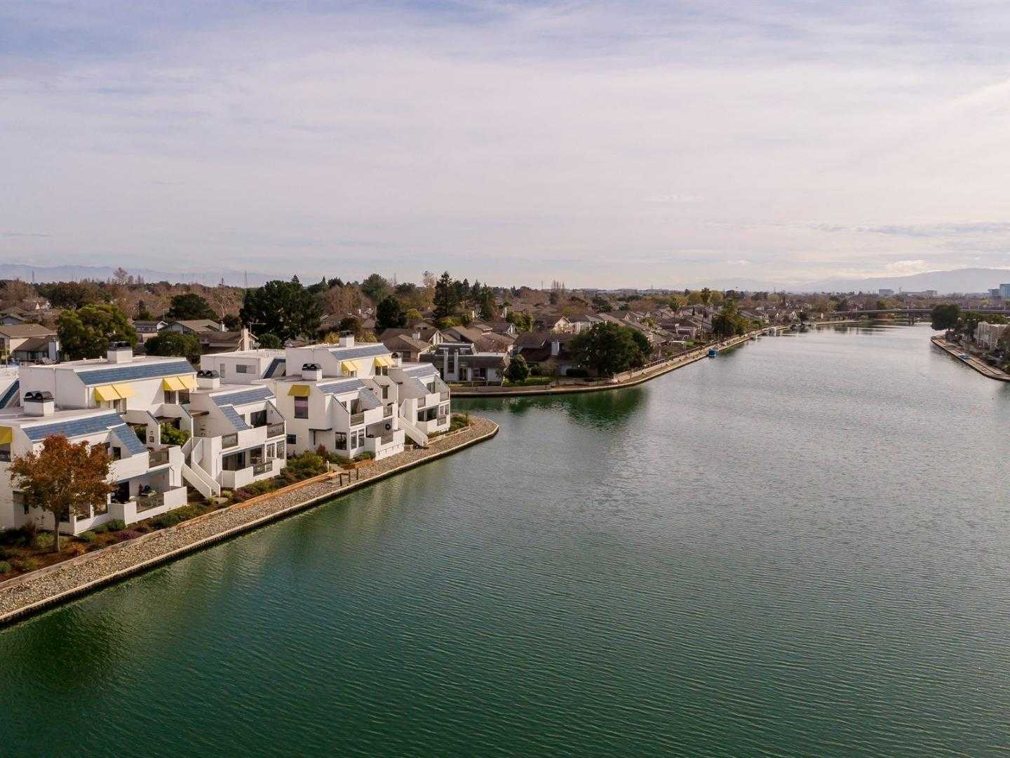 $1,098,000 - 2Br/2Ba -  for Sale in Foster City