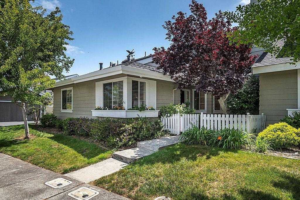 $1,448,888 - 3Br/2Ba -  for Sale in Redwood City