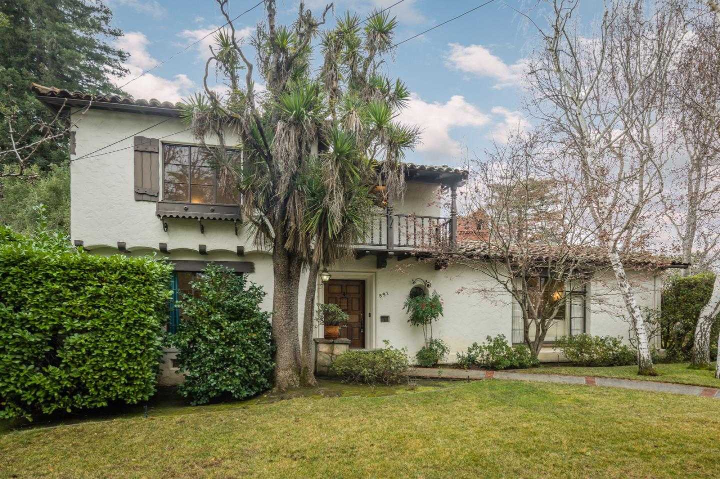$2,750,000 - 4Br/4Ba -  for Sale in Redwood City