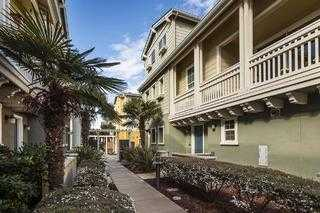 $1,188,000 - 2Br/3Ba -  for Sale in Redwood City