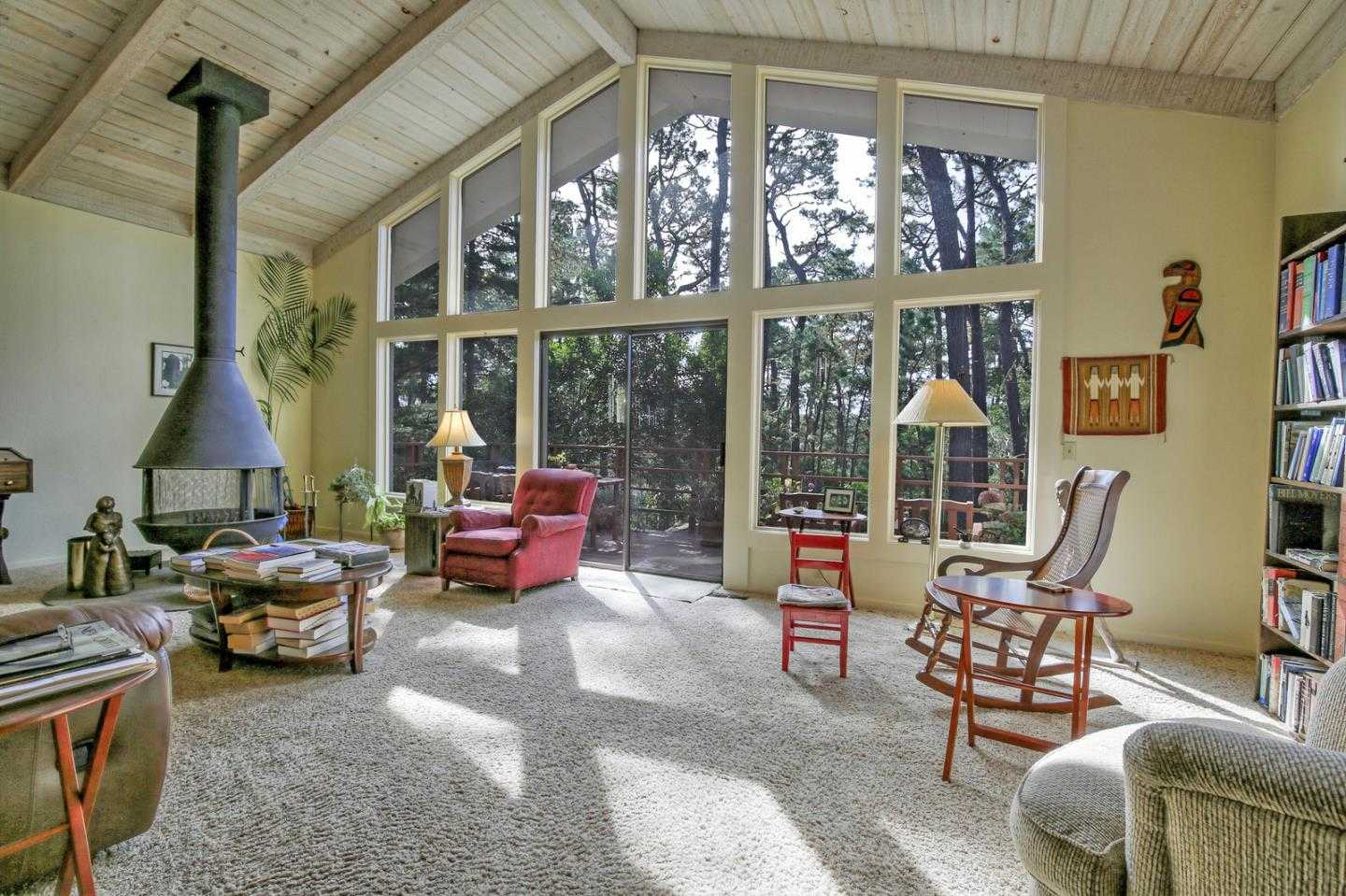 $1,075,000 - 3Br/3Ba -  for Sale in Pebble Beach