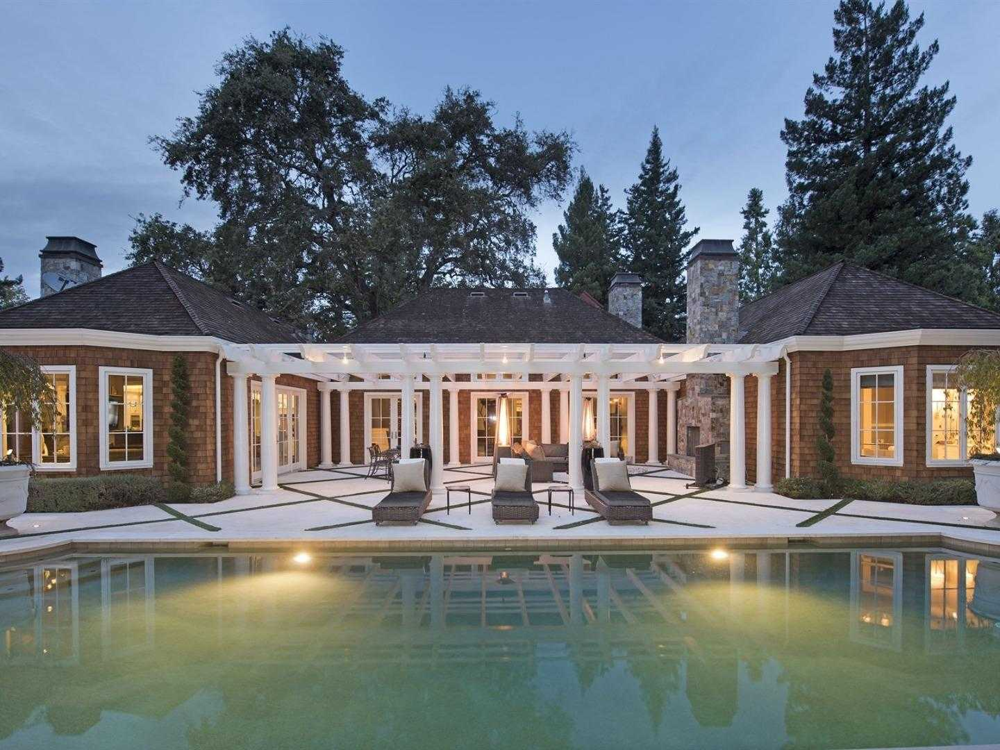 $12,350,000 - 5Br/7Ba -  for Sale in Atherton