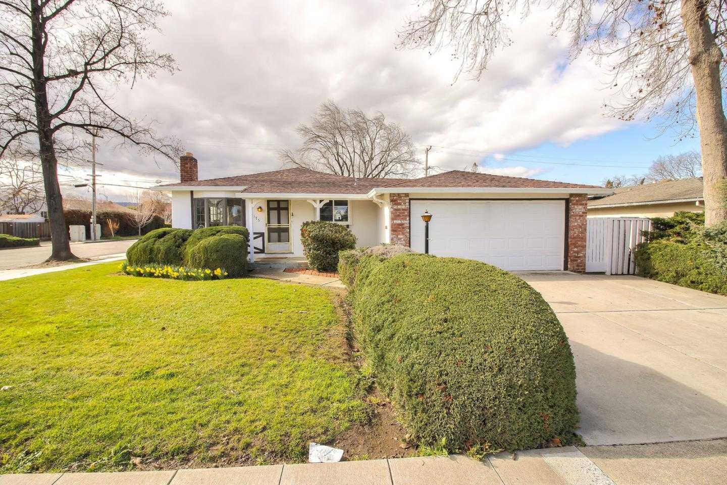 $1,895,000 - 3Br/2Ba -  for Sale in San Jose