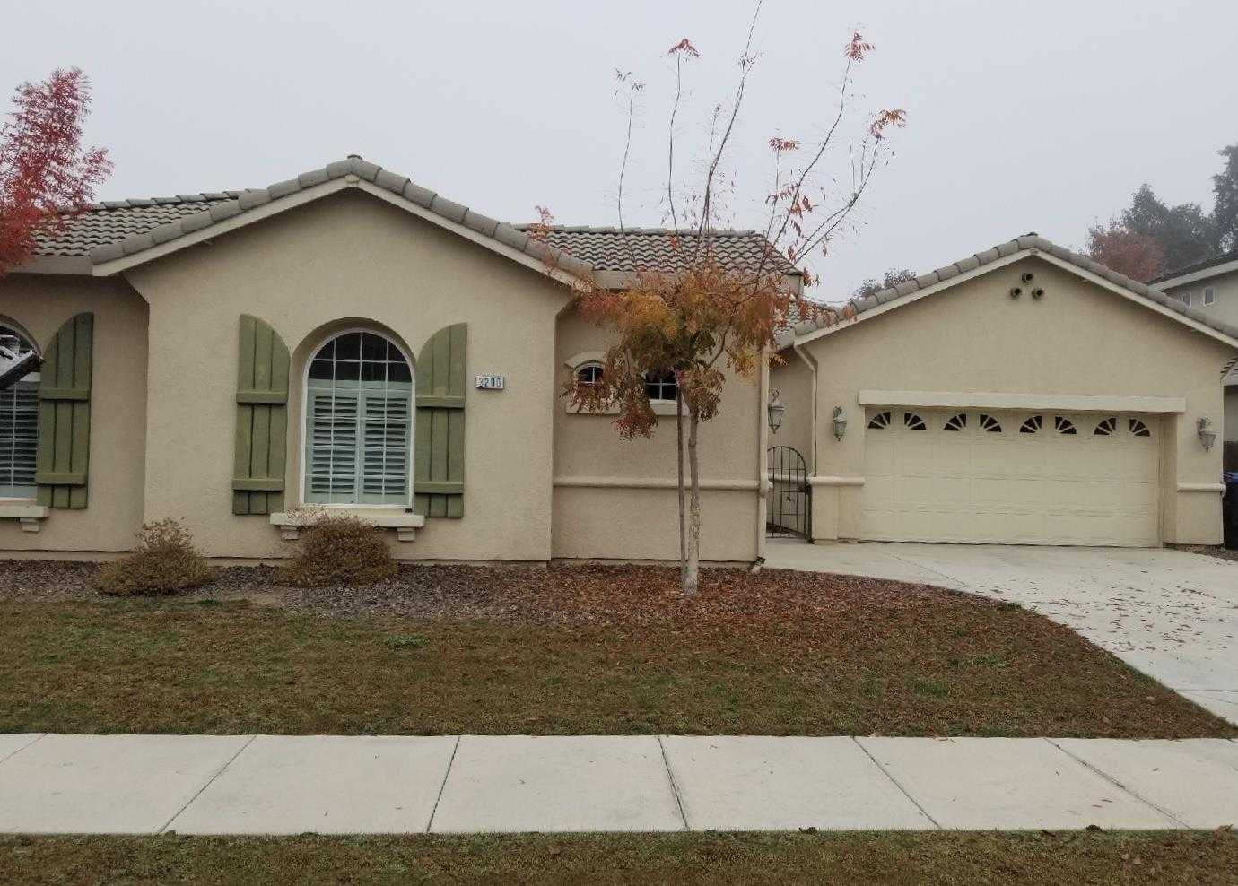 $356,000 - 4Br/3Ba -  for Sale in Visalia