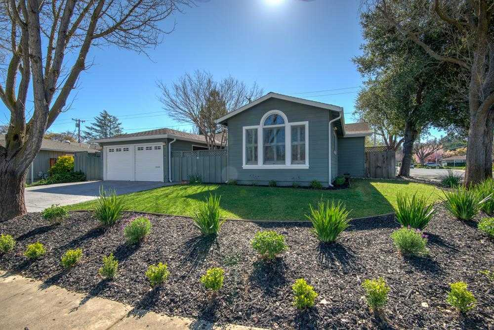 $2,699,000 - 3Br/2Ba -  for Sale in Mountain View