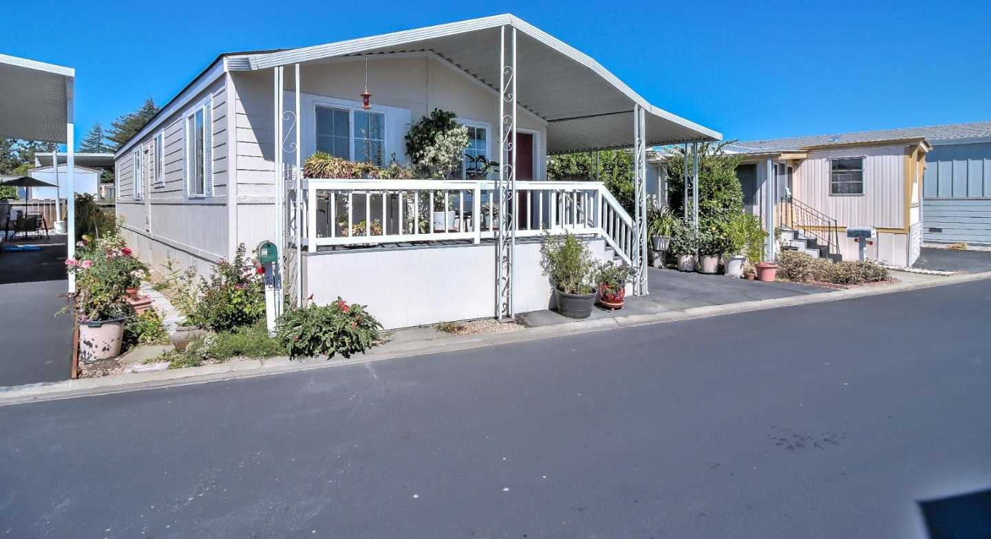 $210,000 - 2Br/2Ba -  for Sale in Mountain View