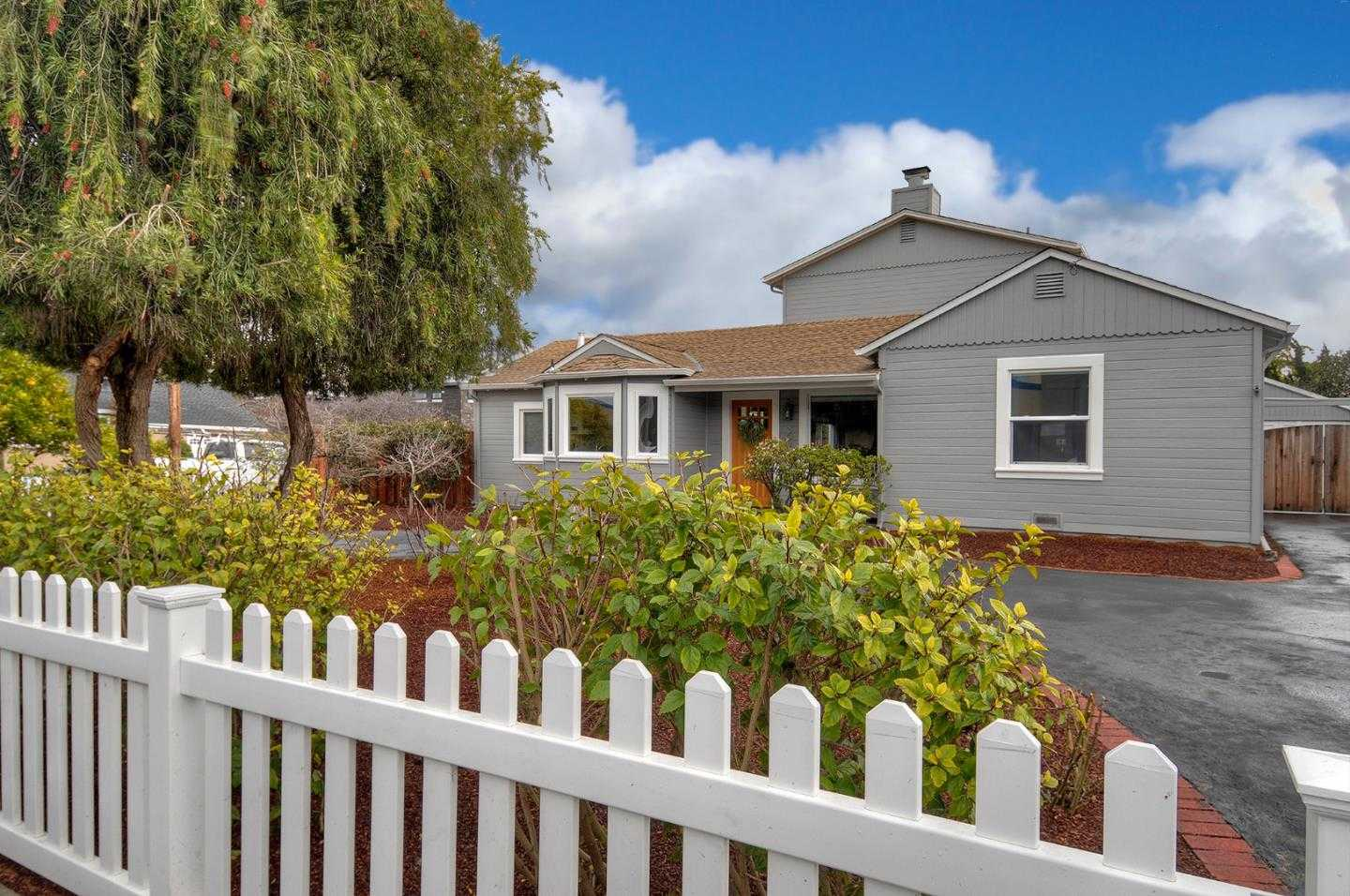 303 28th Ave San Mateo, CA 94403