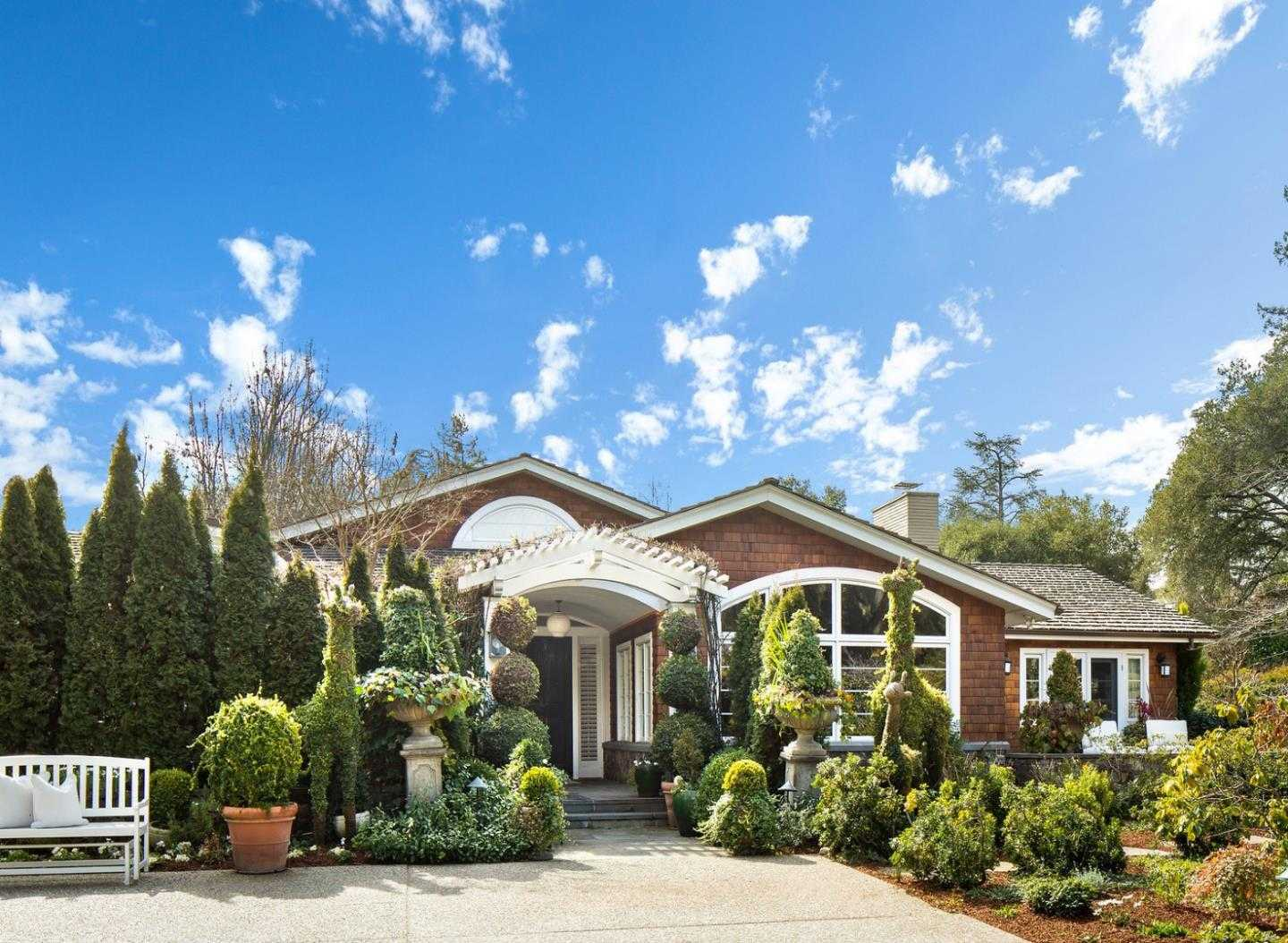 $13,495,000 - 4Br/5Ba -  for Sale in Atherton
